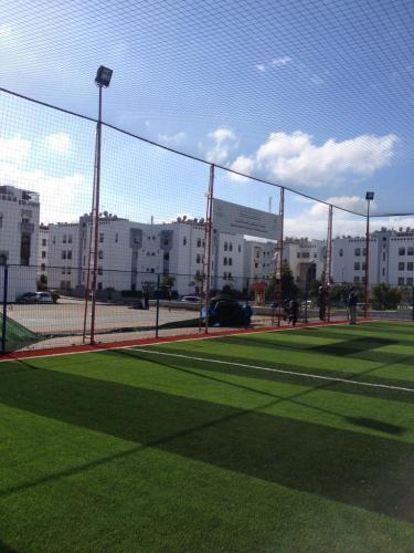 terrain de sport INDH residence chabab ain sebaa (13)